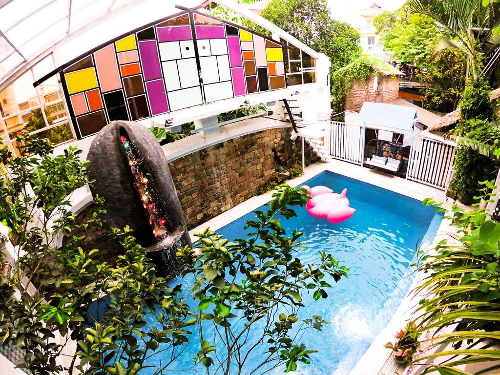 bể bơi xinh xắn mát mẻ cho mùa hè