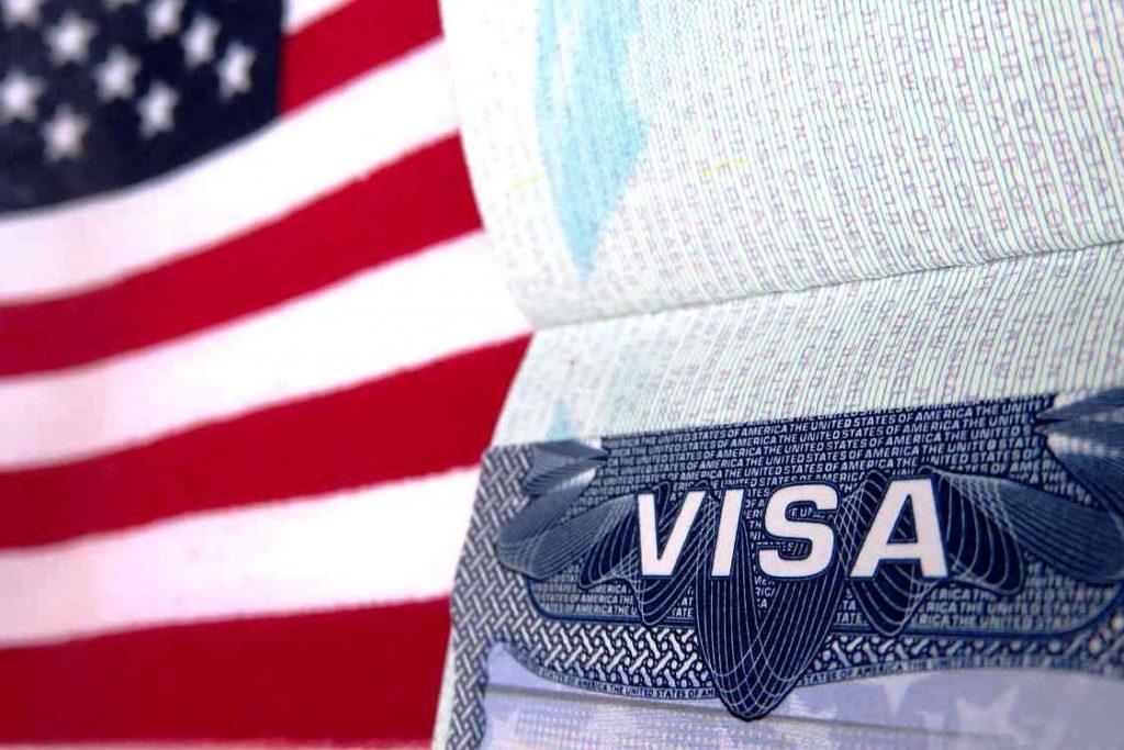 Visa Mỹ giúp giảm thủ tục xin Visa các nước.