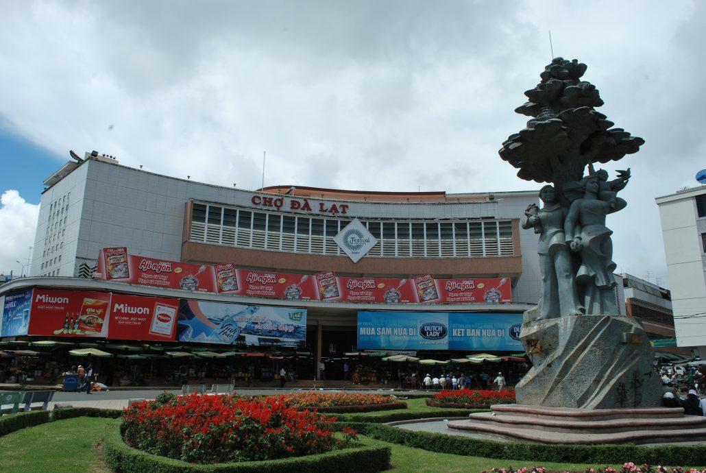 Chợ Đà Lạt là khu vực khách sạn giá rẻ