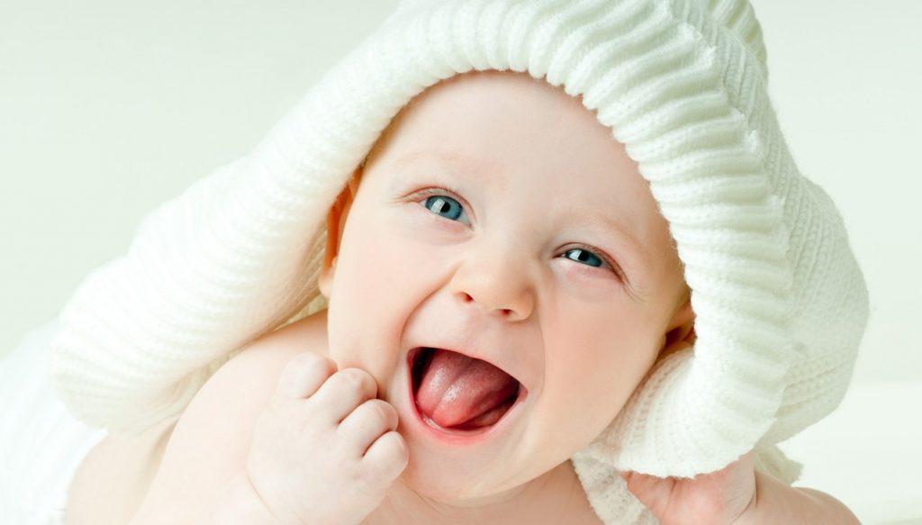Thủ tục làm hộ chiếu cho trẻ sơ sinh