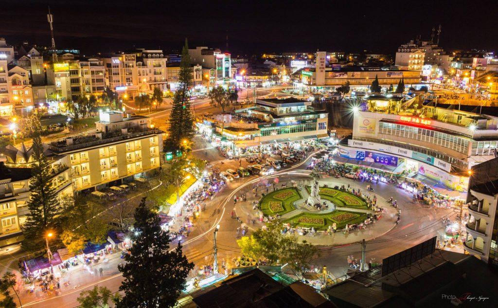 Chợ Đà Lạt là trung tâm vui chơi lớn nhất TP Đà Lạt