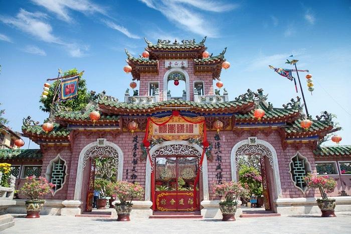 Hội quán Phúc Kiến (Chùa Kim An): 46 Trần Phú, Hội An