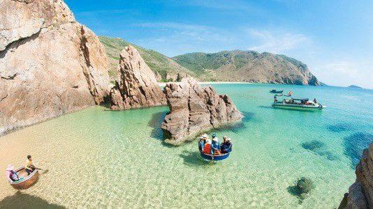 Bãi biển Kỳ Co có vẻ đẹp làm mê đắm lòng người